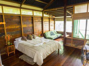 Къщичките в джунглата Пуерто Малдоналдо