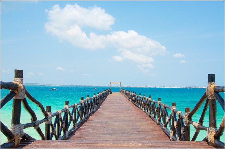 Морски гледки в Стоун Таун