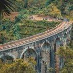 Мостът 9 арки