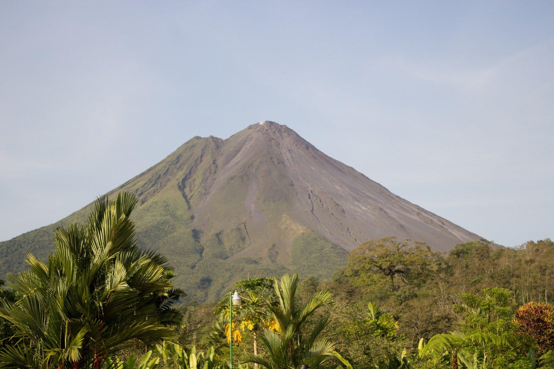 Коста Рика- вулкани, национални паркове, местни племена и божествени плажове!